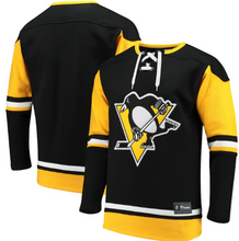 Load image into Gallery viewer, Pittsburgh Penguins Fanatics  Black Lace-up Sweater