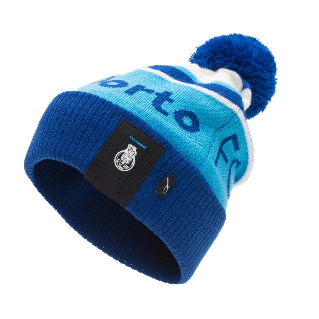 FC Porto Mens Official Winter Football Crest Knitted  Hat/Toque