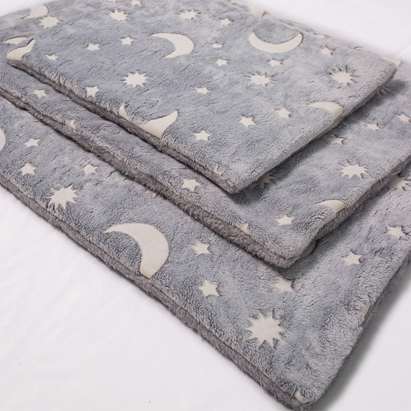 Ollie's Moon Flannel Pad