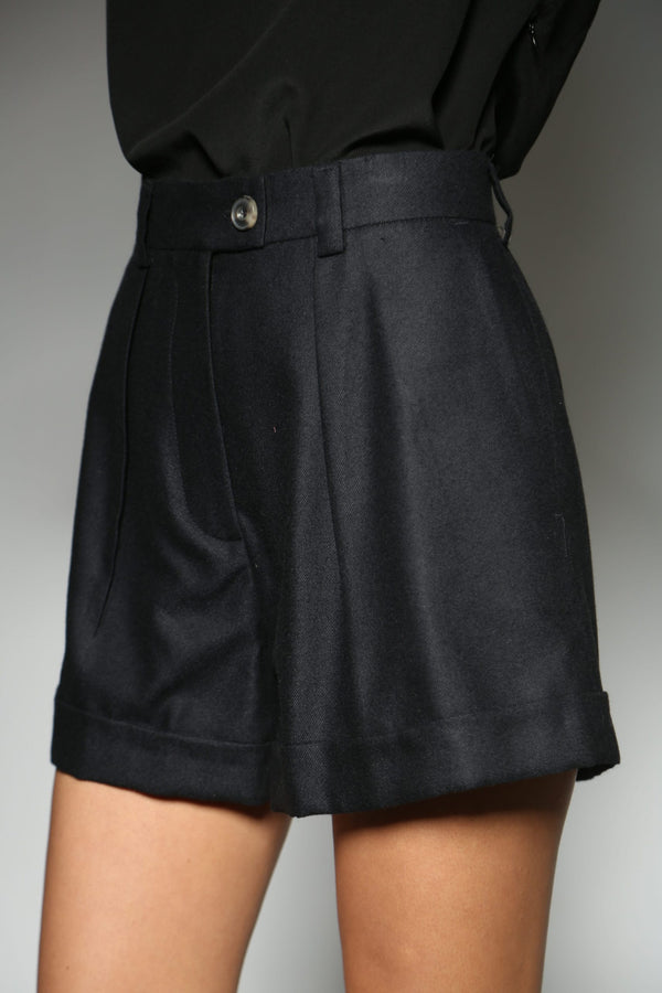 BLACK CASHMERE SILK CLASSIC ONE PLEAT SHORTS