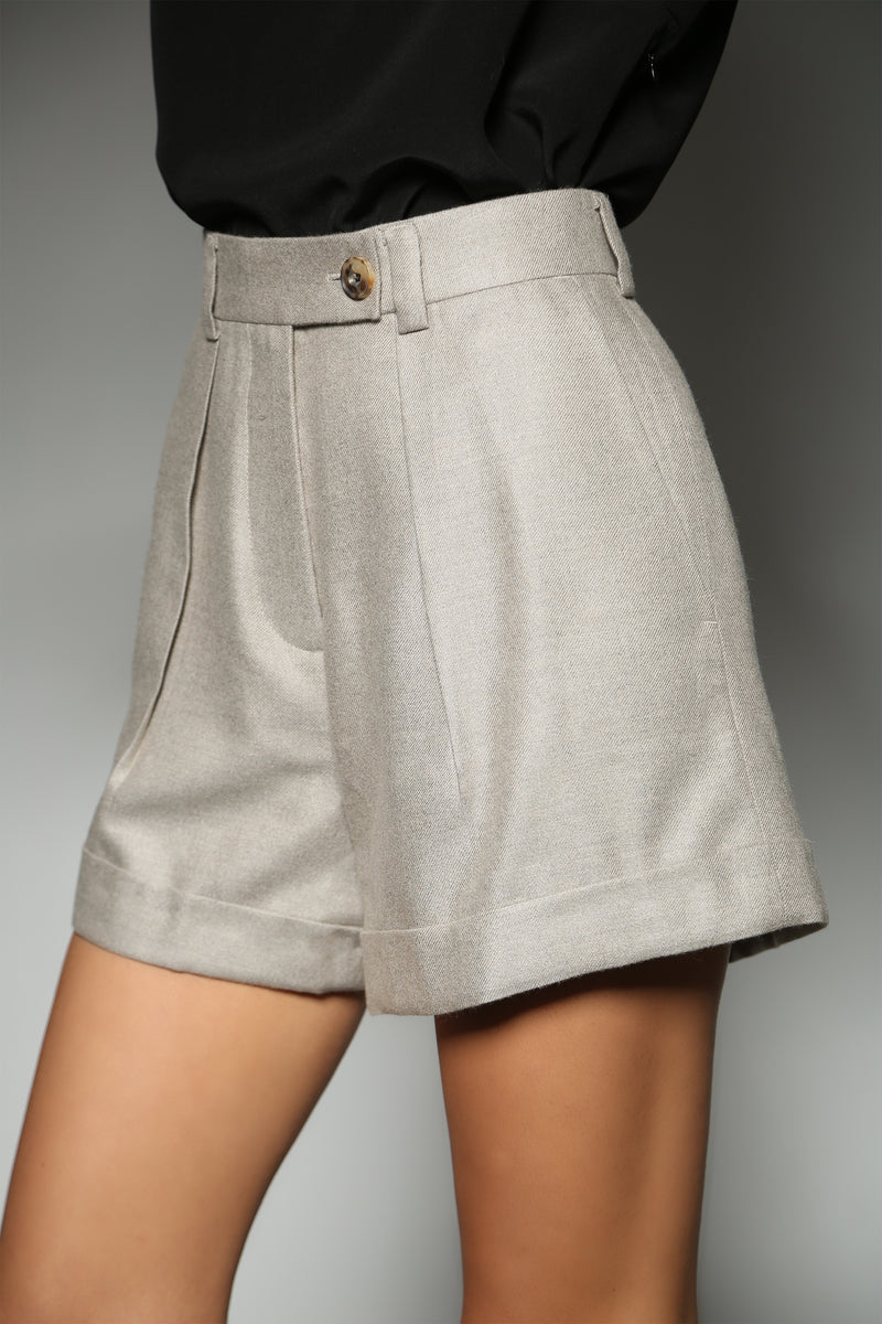 BEIGE CASHMERE SILK CLASSIC ONE PLEAT SHORTS