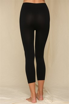 Black Seamless Capri Legging With Gusset