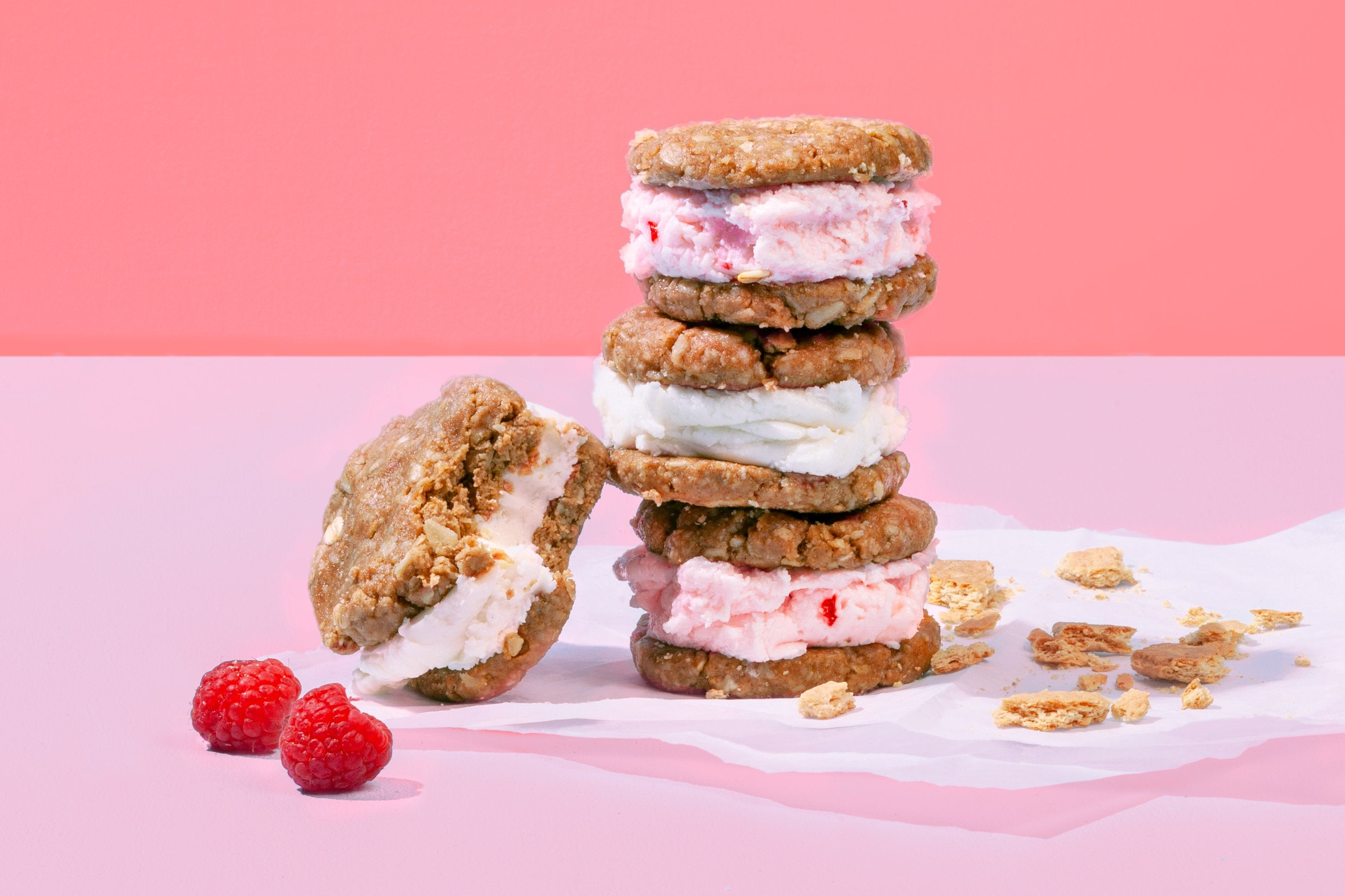 Berry Nice Cream Sandwiches with No-Bake Graham Cracker Cookies