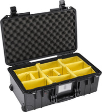 Charger l'image dans la galerie, Pelican 1535 Air Carry-On Case