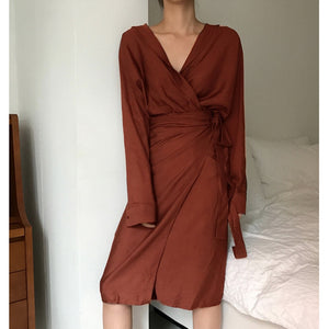 [EAM] 2020 New Spring Autumn V-Neck Long Sleeve Waist Bandage Loose Big Size Temperament Dress Women Fashion Tide JU356