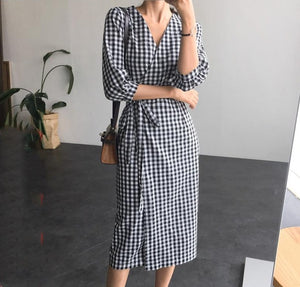 2020 New Spring Autumn Women Plaid Dress Lace Up Bow Wrap V-Neck Three Quarter Sleeve High Waist Casual One Piece Dresses DR1122