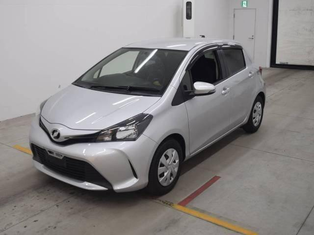 2015 Toyota Vitz F Package