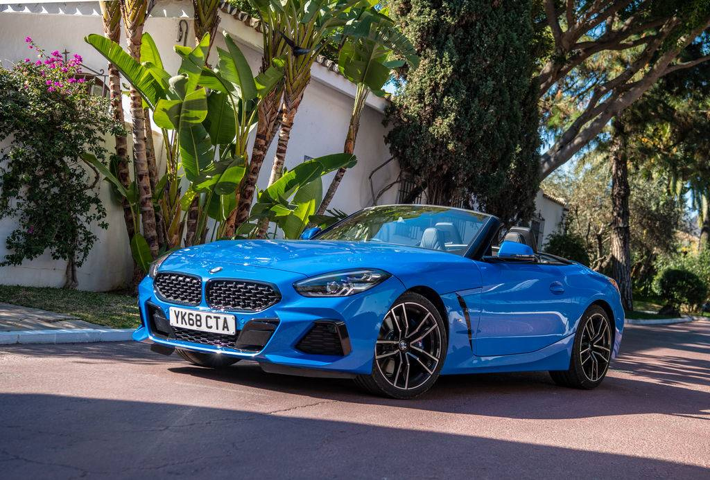 2021 BMW Z4 sDrive20i M Sport (Misano Blue Metallic)