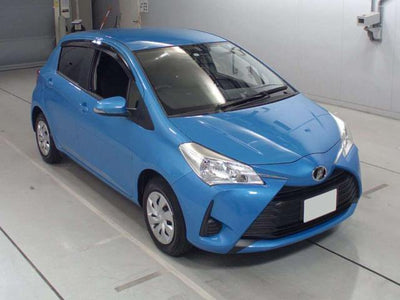 2017 Toyota Vitz F Package (5840679207077)