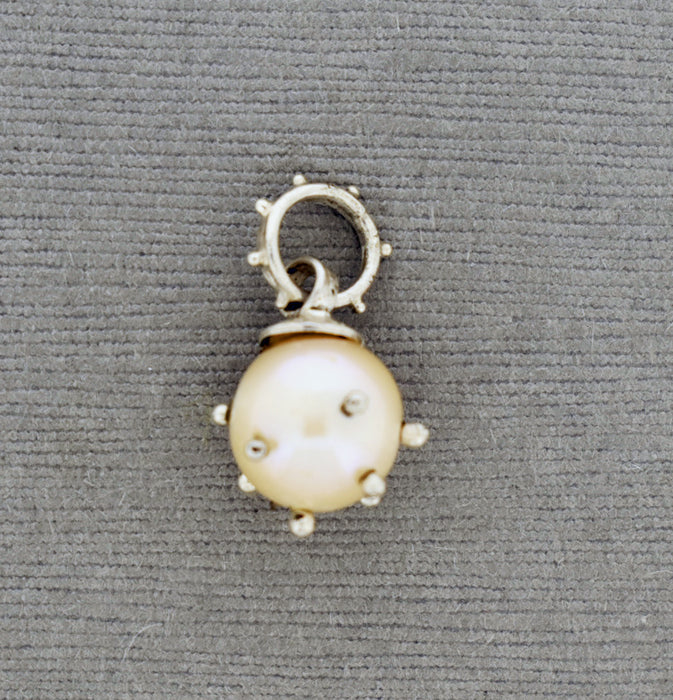 Studded Pearl Pendant PS629