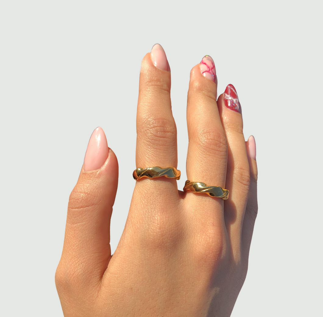 chunky thick gold ring