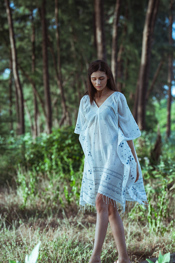 Handwoven White and Blue Kaftan