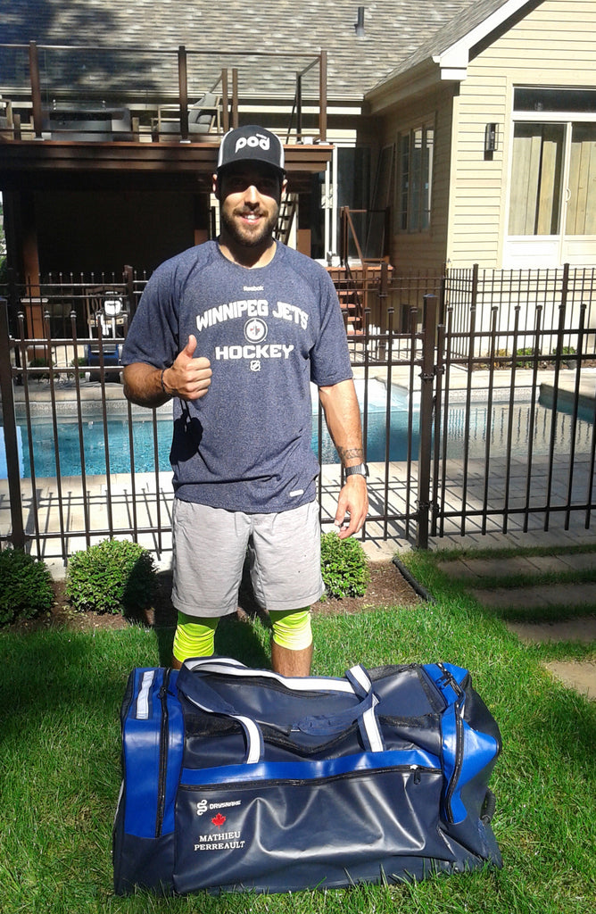 Un nouveau sac Drysnake pour Mathieu Perreault des Jets de Winnipeg / A new Drysnake bag for Mathieu Perreault of the Winnipeg Jets.