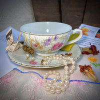 The Posh Pearl - Vintage Gift Cup