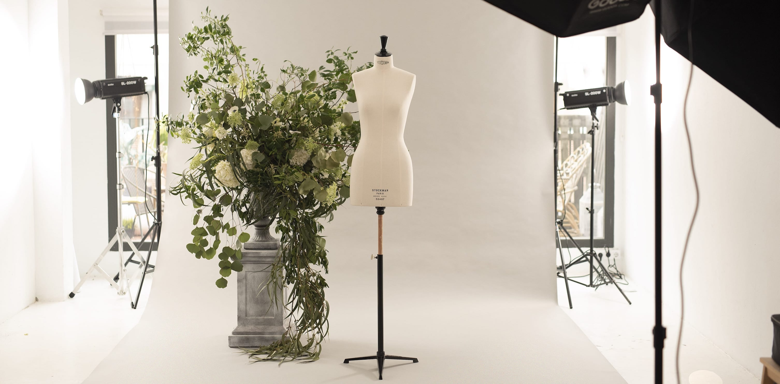 <p>New collection exclusive preview for dealers and bridal shops only</p> <p>Sophie et Voilà was born to accompany brides who want to show their personality dressed in white. Completely made in Spain and with perfect fabrics and finishes, we present a very different, fresh and sexy collection for women with personality.</p>
