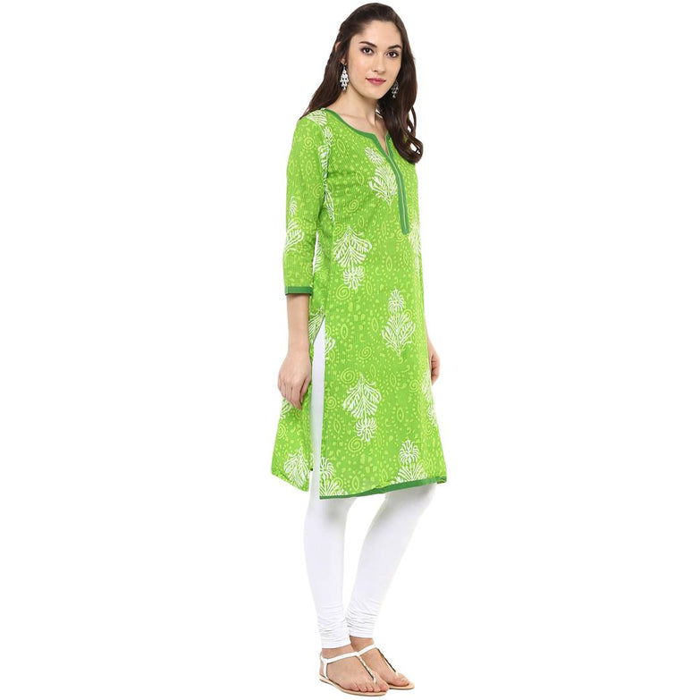 Stylish Green Printed Cotton Straight Kurti