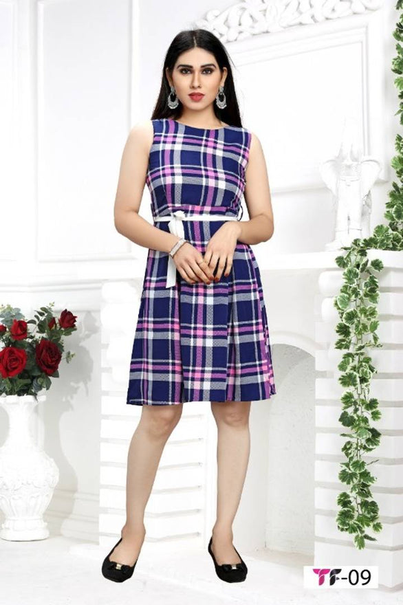 Stylish Crepe Sleeveless Checked Dress For Women