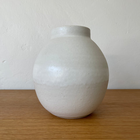 Small Rounded Vase 11