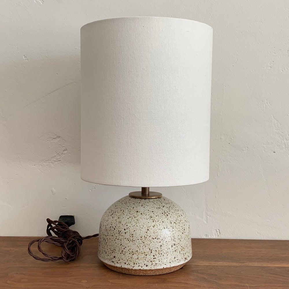 Agnes Lamp - Speckled Ivory