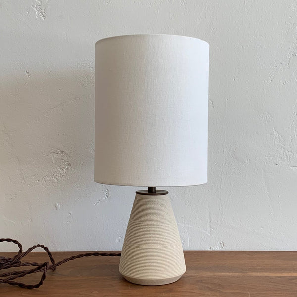 Angle Lamp in Ribbed Chalk