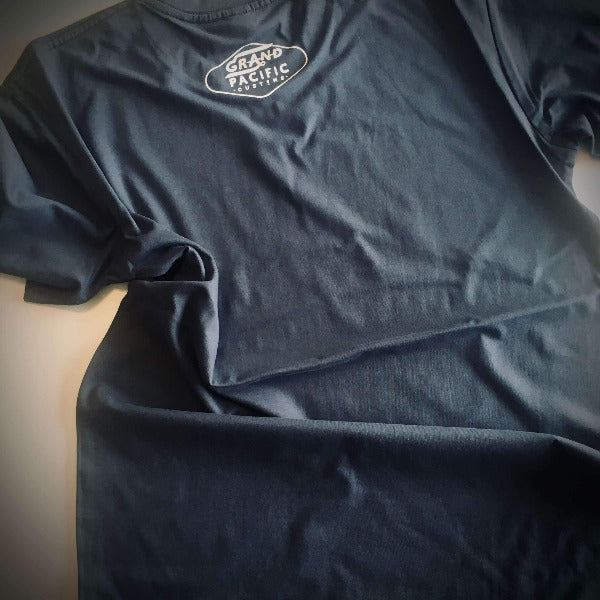 <img source='pic.gif' alt=' grand pacific customs GRAND tee petrol blue back' />