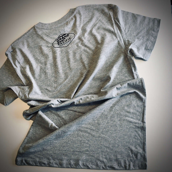 <img source='pic.gif' alt=' grand pacific drive customs grand tee grey marle back' />.