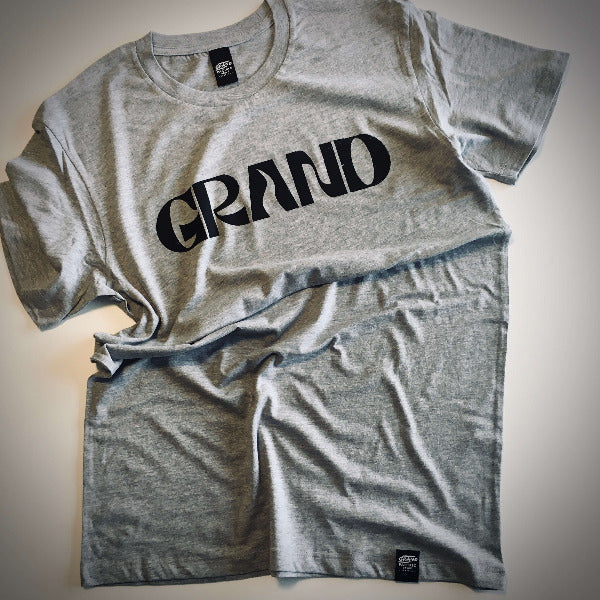 <img source='pic.gif' alt=' grand pacific drive customs grand tee grey marle front' />.
