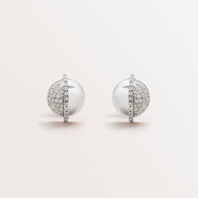 SPHERE EARRINGS IN DIAMONDS