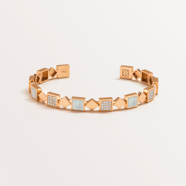 ASYMMETRIC BAR CUFF