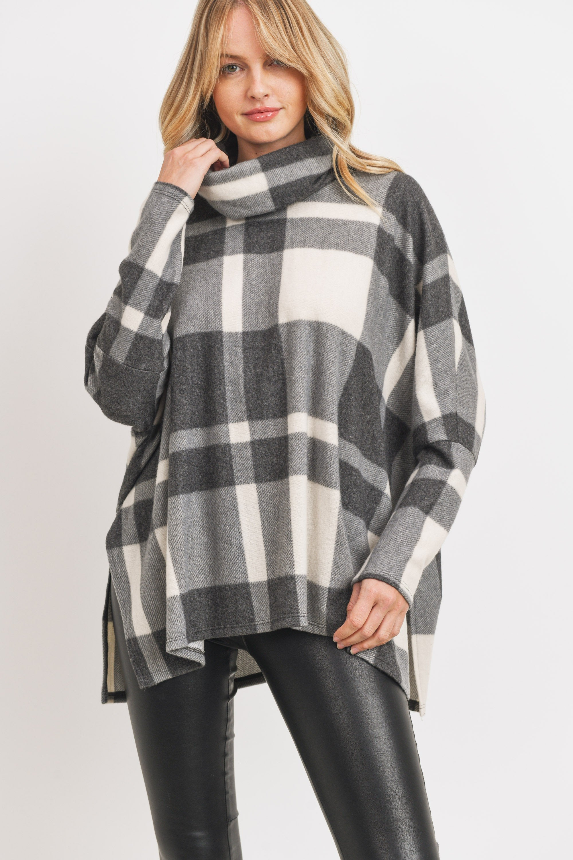Dusty Sweater in Plaid