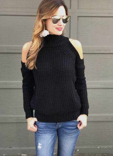 Ines Sweater in Black