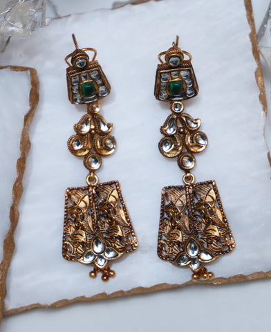 Green Kundan Texture Earrings