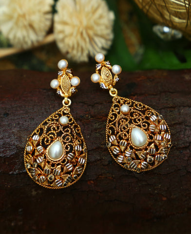 Bantwa Pearl Earrings