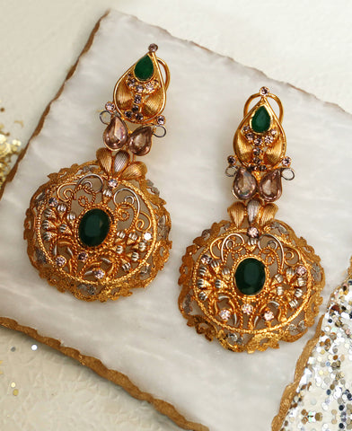 Green onyx twisted wire earrings