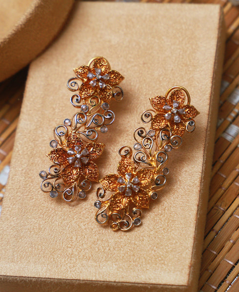 Patra Floral Earrings