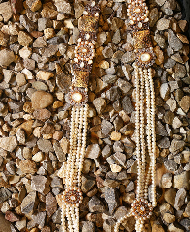 Texture and Pearls Maala
