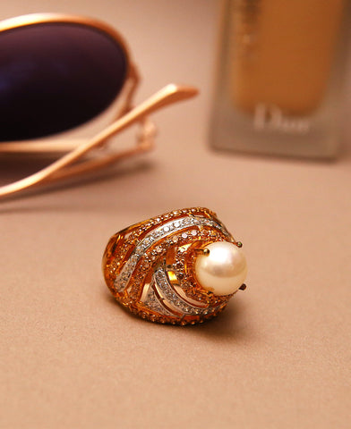 Shell Pearl Centred Ring