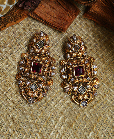 Garnet Texture Earrings
