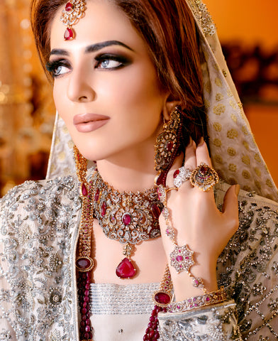 The Ferdoz - Antique Style Bridal Jewellery Set