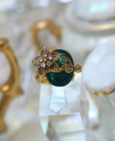 Green Chunky Twisted Wire Ring
