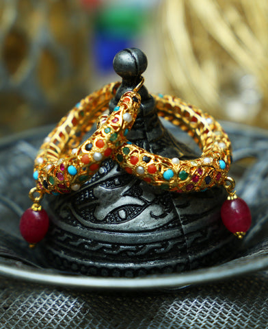 Hyderabadi Naurattan Pipe Balis