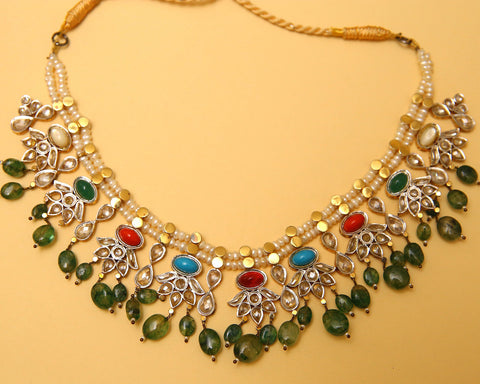 Dori Pearl Naurattan Emerald Necklace.