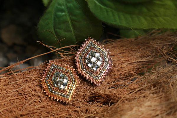 Kundan Hexagonal Tops