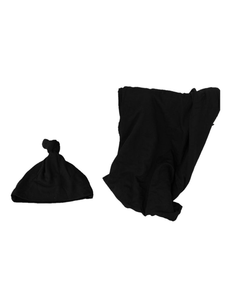 knotted hat in black paired with black swaddle