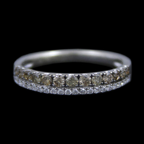 .50cttw Prong Set Round Brilliant Cut White & Champagne Diamond Wedding Band in 14k White Gold