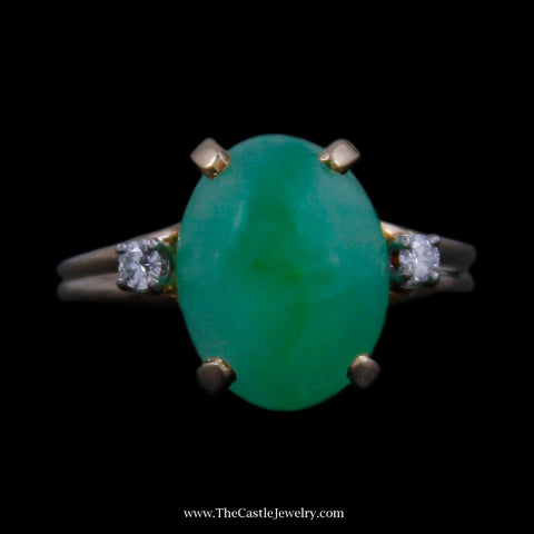 Beautiful Cabochon Jade w/ Round Brilliant Cut Diamond Accents in Yellow Gold
