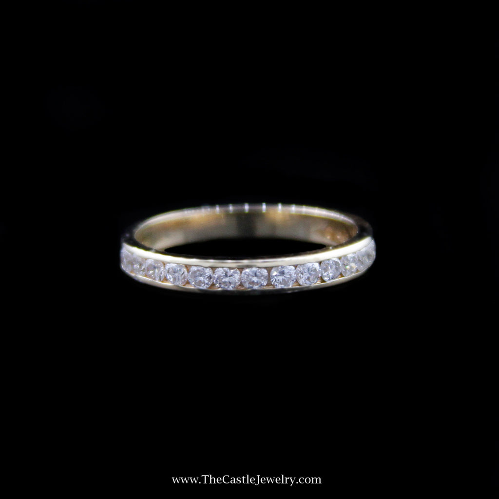 Gorgeous Round Brilliant Cut Diamond Wedding Band in Yellow Gold - The Castle Jewelry  - 1
