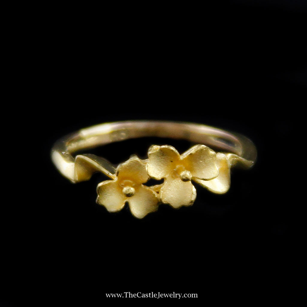 Beautiful Flower Design Ring in 21K Yellow Gold - The Castle Jewelry  - 1