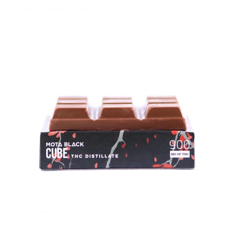 MOTA Black Chocolate Cherry Cube 900mg