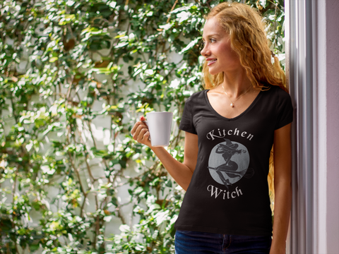 Kitchen Witch Premium V-Neck Vintage T-Shirt